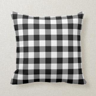 Modelo blanco y negro de la guinga almohadas