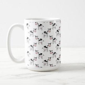Modelo blanco y negro de la vaca taza
