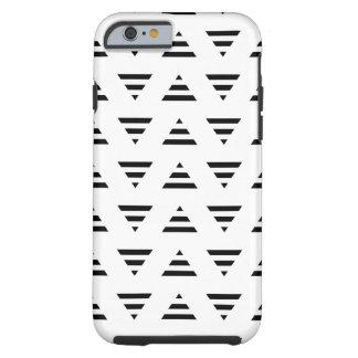 Modelo blanco y negro de los triángulos de la raya funda de iPhone 6 tough