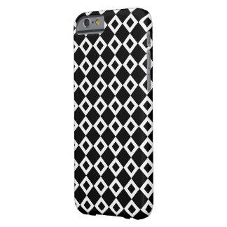 Modelo blanco y negro del diamante funda para iPhone 6 barely there