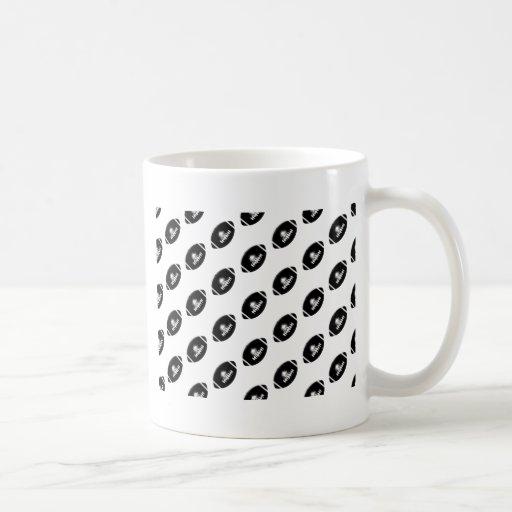 Modelo blanco y negro del fútbol tazas