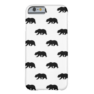 Modelo blanco y negro del oso grizzly funda de iPhone 6 barely there