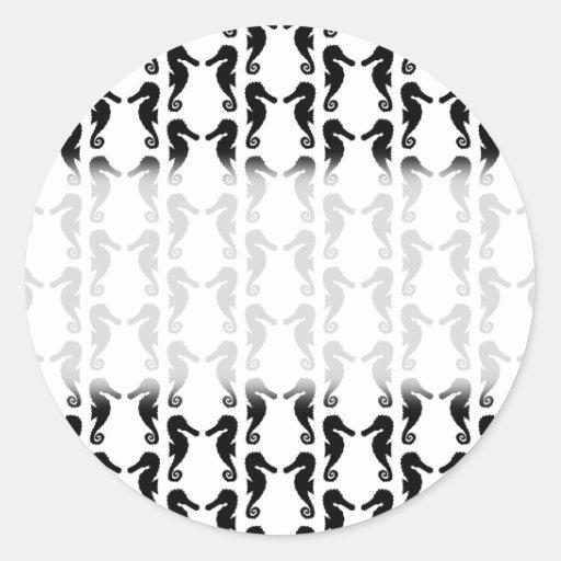 Modelo blanco y negro del Seahorse Etiquetas Redondas