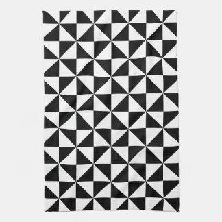 Modelo blanco y negro del triángulo toallas de cocina
