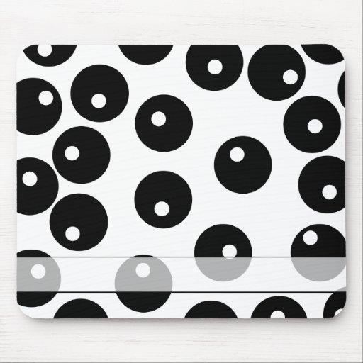 Modelo blanco y negro elegante de la diversión mouse pads
