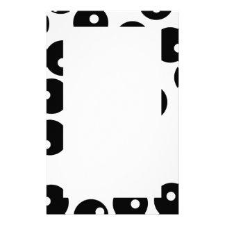 Modelo blanco y negro elegante de la diversión. Pe Papeleria Personalizada