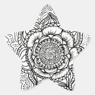 Modelo blanco y negro estupendo de la mandala pegatina en forma de estrella