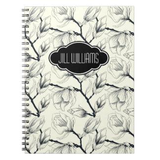 Modelo blanco y negro floral personalizado spiral notebooks