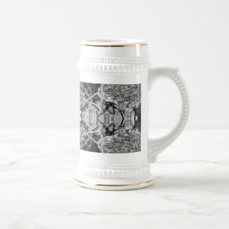 Modelo blanco y negro gótico jarra de cerveza