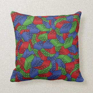 Modelo - bloques huecos de los colores primarios almohada