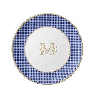 Modelo bonito del control de la guinga del azul plato de cerámica
