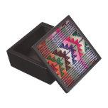 Modelo bordado vintage caja de recuerdo de calidad