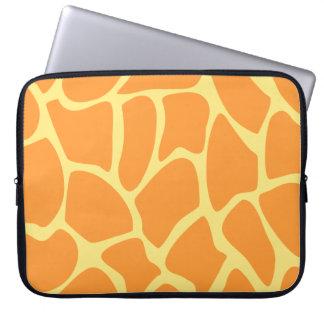 Modelo brillante del estampado de girafa del naran funda ordendadores