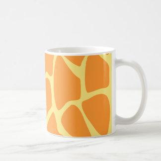Modelo brillante del estampado de girafa del naran taza