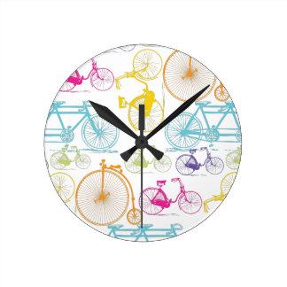 Modelo brillante del neón del color de la biciclet reloj