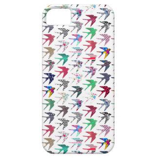 Modelo caprichoso colorido de los pájaros del funda para iPhone 5 barely there