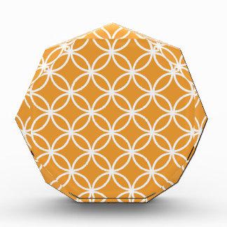 Modelo circular anaranjado