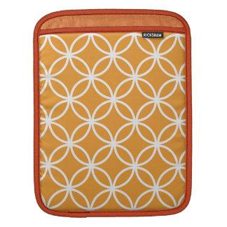 Modelo circular anaranjado mangas de iPad