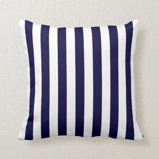 Modelo clásico de la raya de los azules marinos y almohadas
