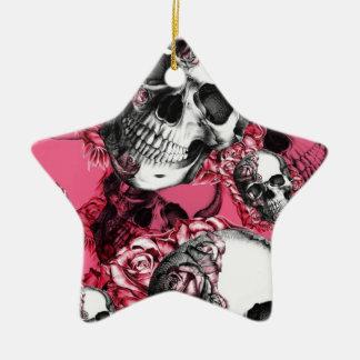 Modelo color de rosa rosado del cráneo adorno navideño de cerámica en forma de estrella