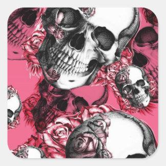 Modelo color de rosa rosado del cráneo pegatina cuadrada