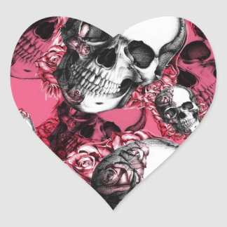 Modelo color de rosa rosado del cráneo pegatina en forma de corazón