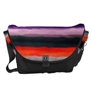Modelo colorido abstracto de la acuarela bolsa de mensajeria