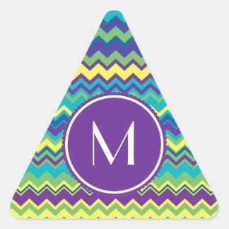 Modelo colorido de Chevron con el monograma Colcomanias Triangulo Personalizadas