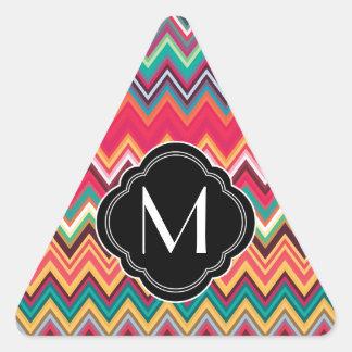 Modelo colorido de Chevron con el monograma Calcomanía Triangulo