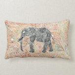 Modelo colorido de la alheña del elefante tribal cojín