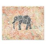 Modelo colorido de la alheña del elefante tribal d fotografías