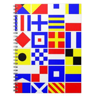 Modelo colorido de las banderas de señal náutica spiral notebooks