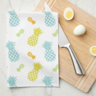 Modelo colorido de las piñas toallas de cocina