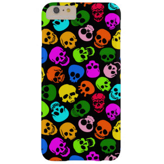 Modelo colorido de los cráneos en negro funda para iPhone 6 plus barely there