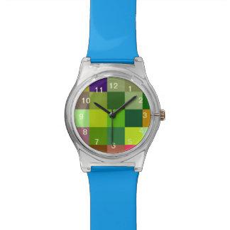 Modelo colorido de los cuadrados relojes de pulsera