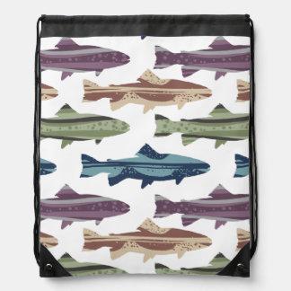 Modelo colorido de los pescados de la trucha de la mochilas