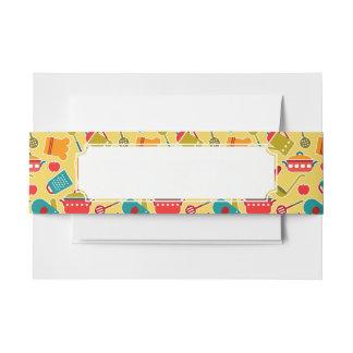 Modelo colorido de los utensilios de la cocina