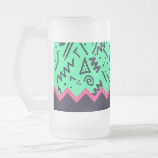Modelo colorido de neón de las formas de la taza de cristal