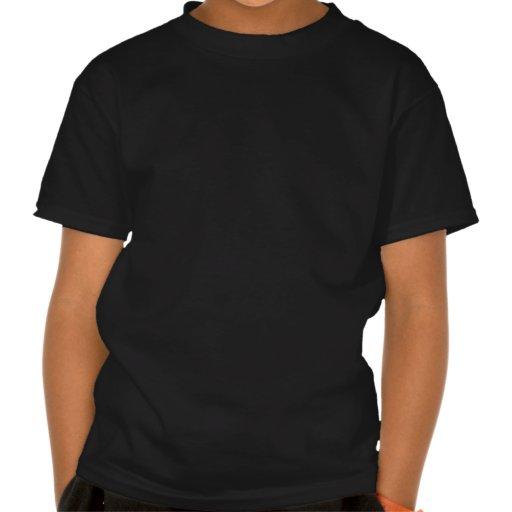 Modelo colorido del bigote del arco iris en negro camisetas