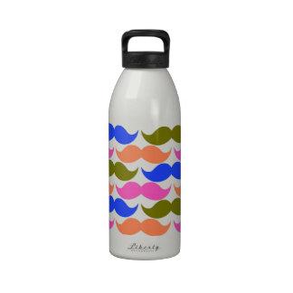 Modelo colorido del bigote del manillar botellas de agua reutilizables