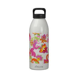 Modelo colorido elegante del arte del hippy botella de agua