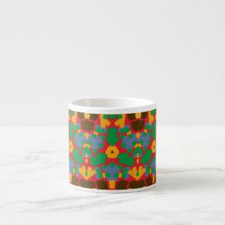 Modelo colorido feo taza espresso