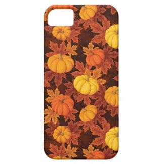 Modelo con las calabazas y el arce del otoño iPhone 5 Case-Mate carcasa