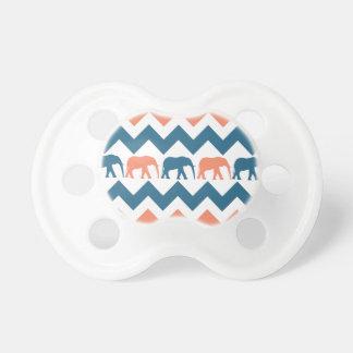 Modelo coralino de la raya azul de los elefantes d chupetes para bebes