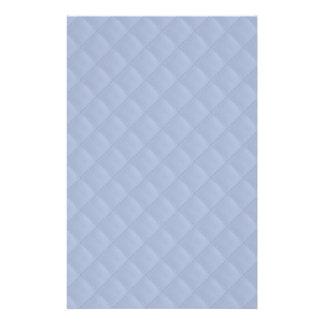 """Modelo cosido acolchado cuadrado azul de Alicia Folleto 5.5"""" X 8.5"""""""