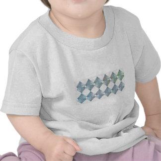 Modelo cristalino azul camiseta