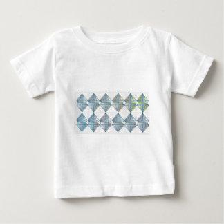 Modelo cristalino azul playera de bebé