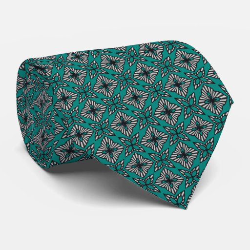 Modelo cruzado decorativo corbatas