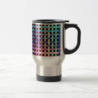 modelo cruzado taza de café