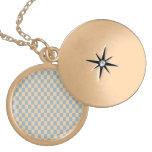 Modelo cuadrado coloreado dos medallón